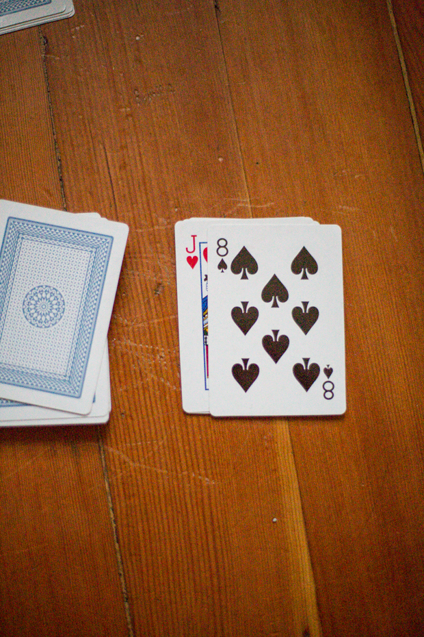 Crazy Eights 52 Card Games